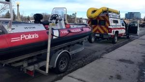The Ottawa Fire Water Rescue Unit. (Photo courtesy: Twitter/OttFire)