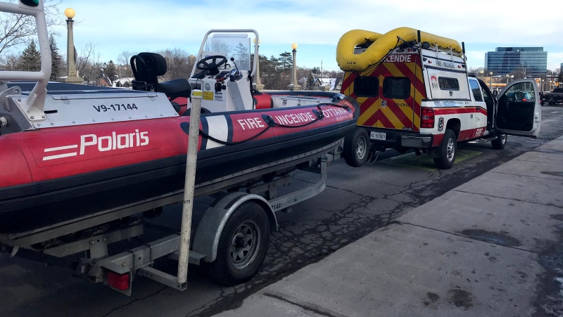 The Ottawa Fire Water Rescue Unit. (Photo courtesy: Twitter/OttFire)
