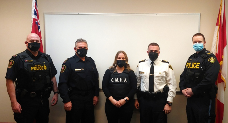From left, Aylmer Police Service Deputy Chief Nick Novacich, Aylmer Police Service Chief Zvonko Horvat, CMHA Elgin-Middlesex's Nadine Ivankovic, Elgin County OPP Acting Detachment Commander Insp. Mike Butler and Elgin County OPP Administrative Sgt. Jeff McNorgan. (Source: OPP)