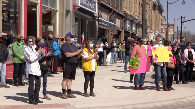 Seaforth Ont. residents line Main Street to honour the late Jan Hawley on March 22, 2021. (Scott Miller/CTV London)