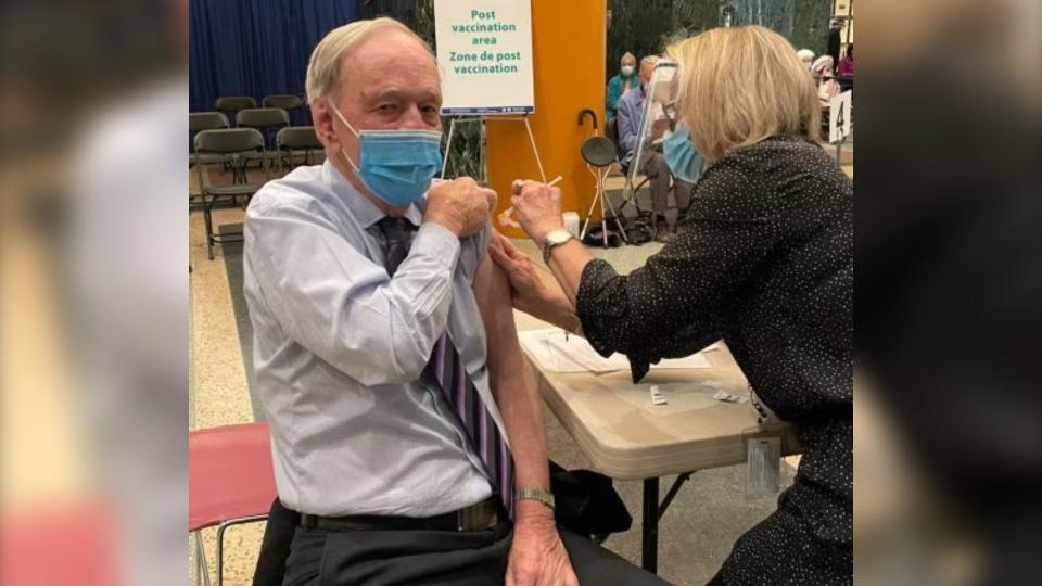 Jean Chretien vaccine