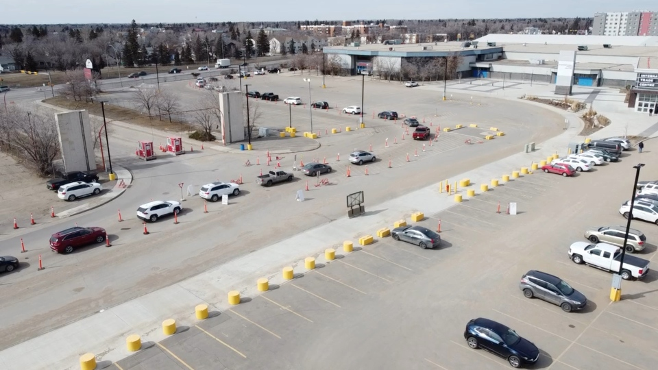 Aerial view of the lineup at the drive-thru testing site on Wednesday. (Colin Hubick/CTV News)