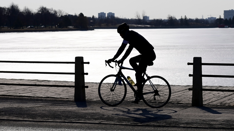 Cyclist along Dow's Lake in Ottawa
