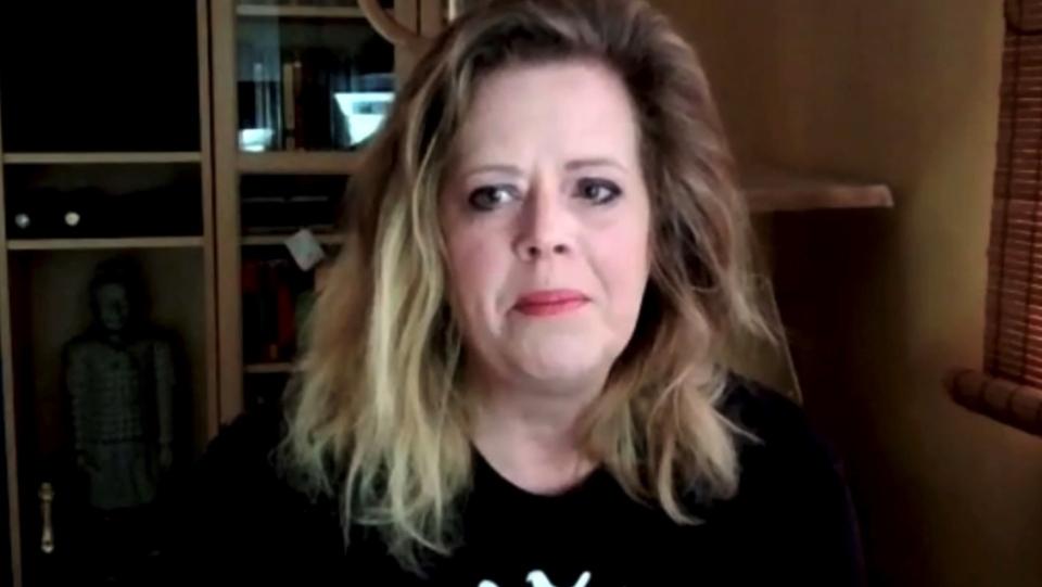 Shelley Carr