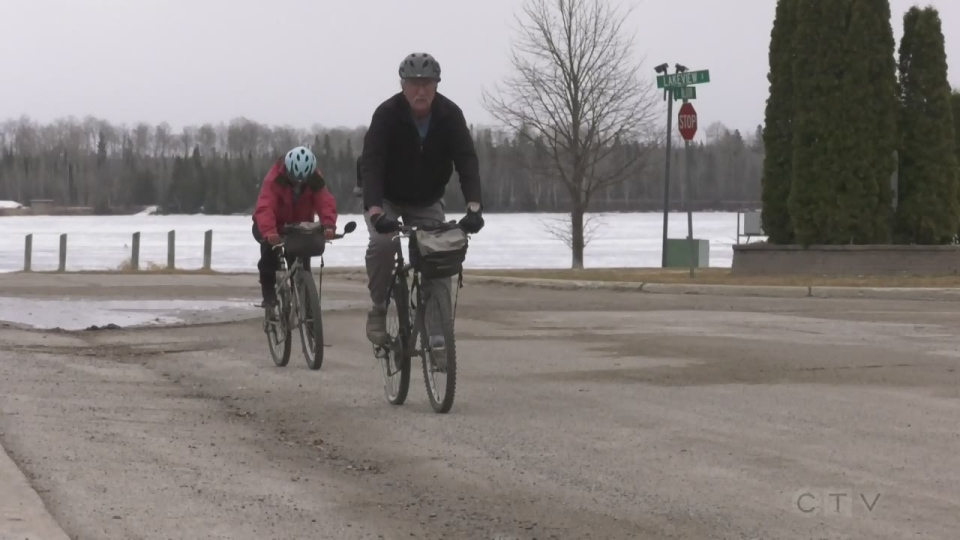 Timmins cycling couple have important road safety