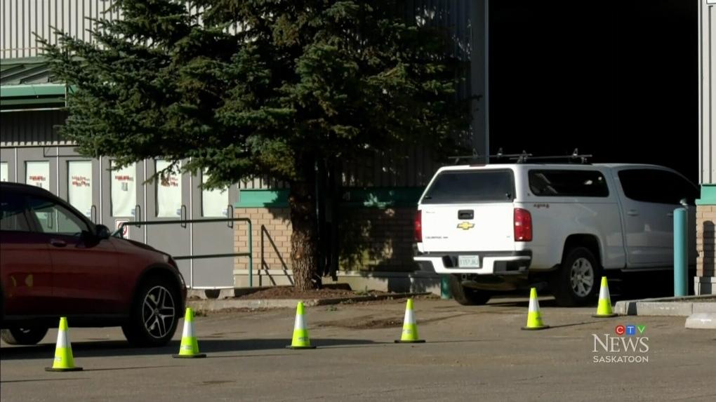 Saskatoon drive-thru vaccination site overrun