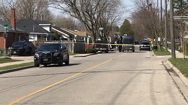 A large police presence remains at a Brantford residence for the fourth day in a row. (Dan Lauckner/CTV Kitchener) (Apr. 7, 2021)