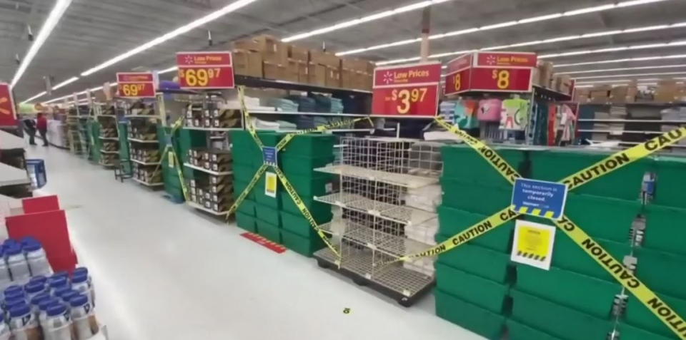 Barrie Walmart blocks aisles during COVID pandemic
