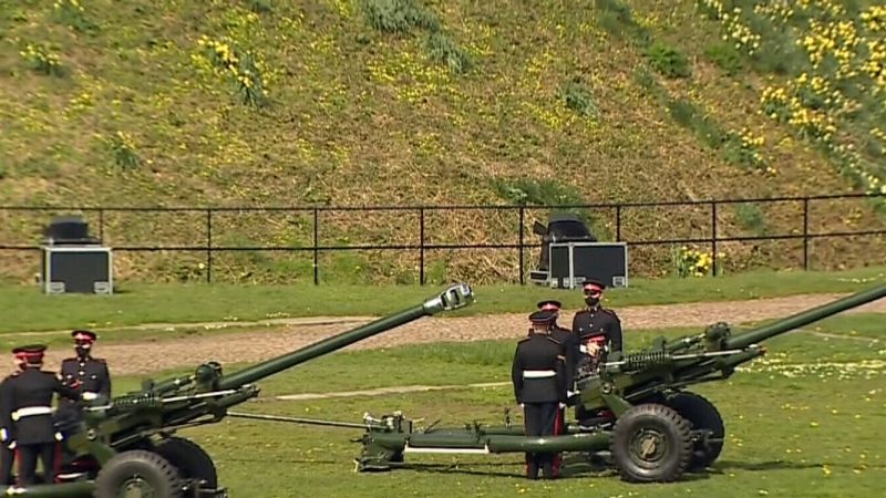 U.K. pays tribute Prince Philip with 41-gun salute