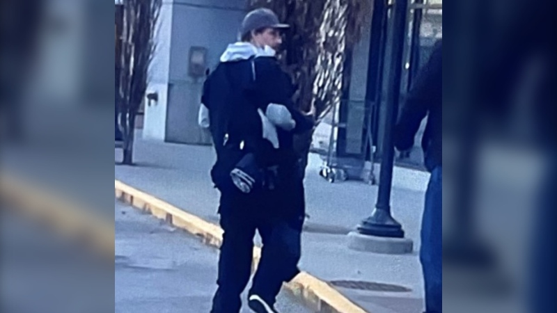 Police in Nanaimo are asking the public for help identifying a man suspected of stabbing another man at a local mall last week. (Nanaimo RCMP)