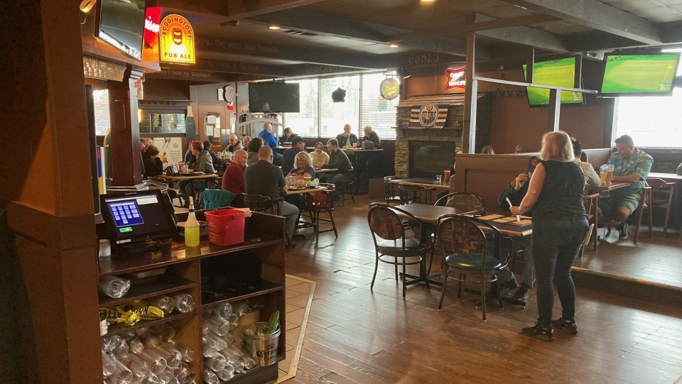 The Crown and Anchor Pub in north Edmonton remained open for indoor dining despite public health restrictions prohibiting that (CTV News Edmonton/Dave Mitchell).