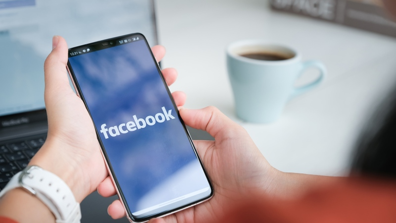 Facebook does not plan to notify its customers who may be among the half a billion users whose personal information was exposed after being posted to a website used by hackers. (Image: Shutterstock)
