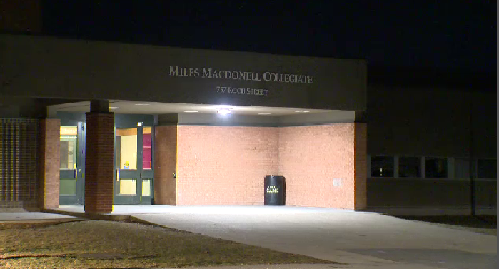 Miles Macdonell school April 10 (Source: Dan Timmerman, CTV News)