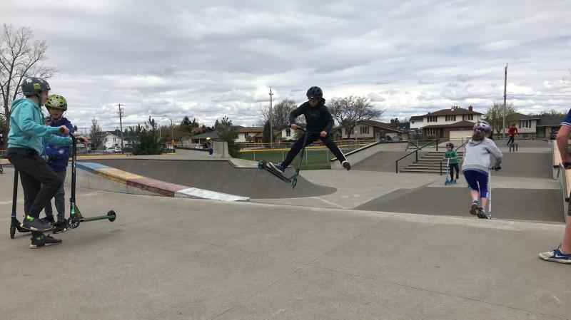 Guests enjoy the Tecumseh skate park - Sunday April 11, 2021 (Alana Hadadean / CTV News)