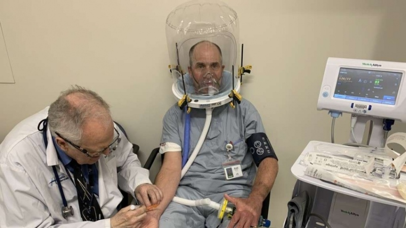 Windsor researchers are in the early stages of developing a non-invasive ventilation system called the Canada Hood. (courtesy Dr. Jay MacDonald)