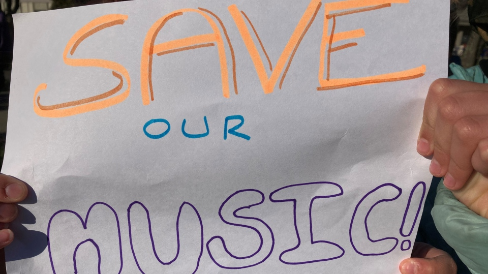 Students and teachers are protesting budget cuts that are threatening music programming at a Saanich middle school. (CTV News)