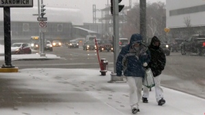 Manitoba deals with spring snow storm