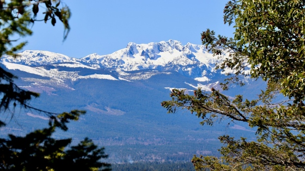 April 15, 2021: Mount Arrowsmith (Photo: Iona Evans)