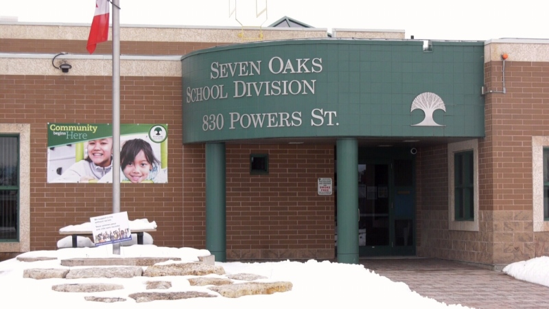 Seven Oaks School Division buys more masks