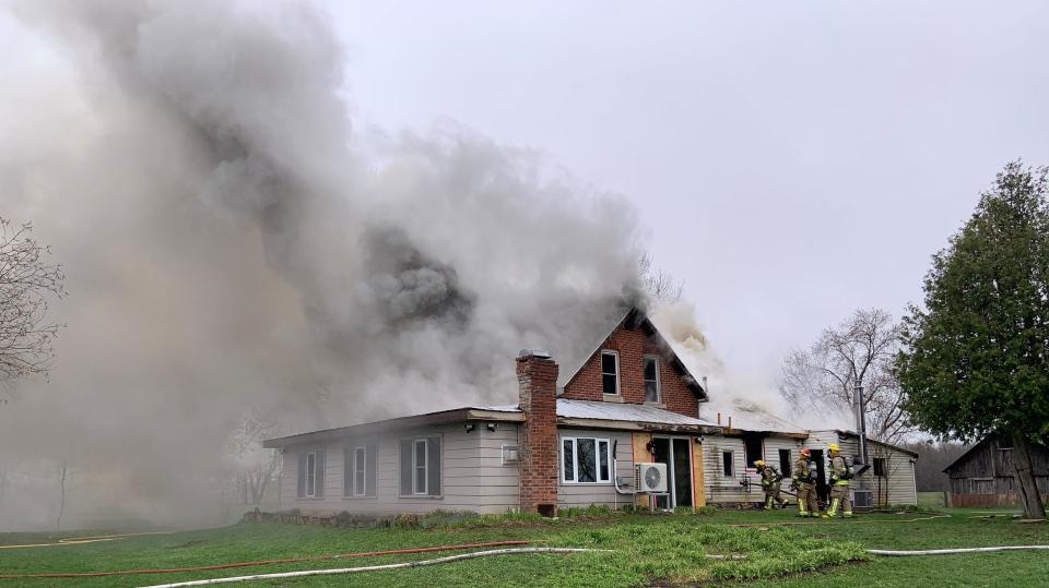 Vespra Valley Road house fire