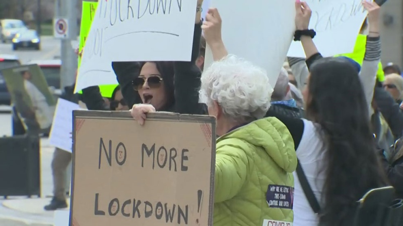 Hundreds turn up for rally in Waterloo