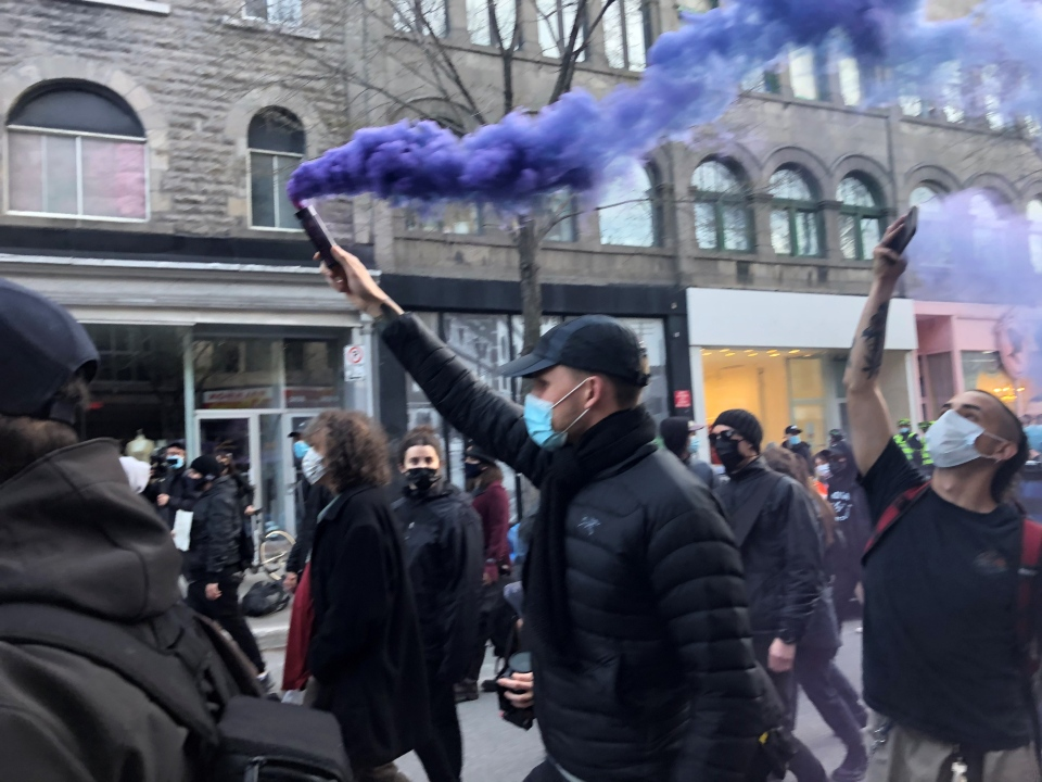 Marchers demonstrate against Montreal's curfew on Sun., April 18, 2021. (Photo: CTV Montreal/Billy Shields)