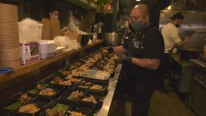 Montreal restaurants cook for hospital staff