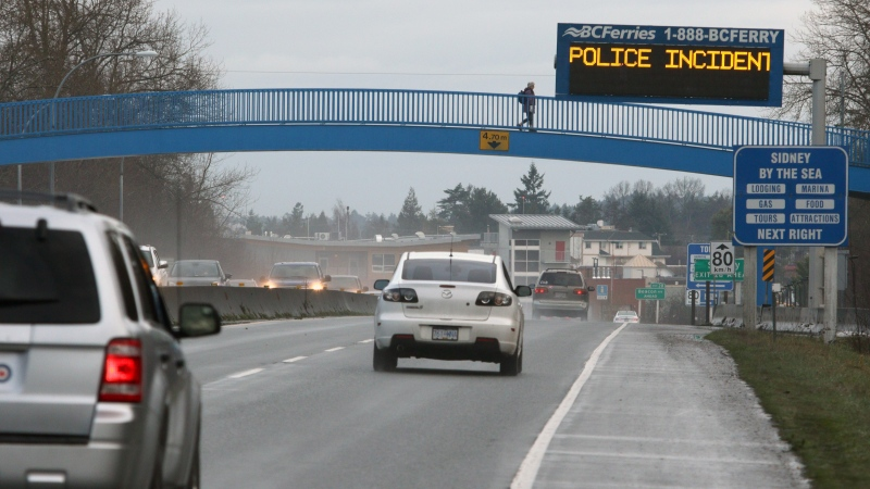 Police incident ahead can be seen on a BC Ferries information board along the Patricia Bay Highway leading towards Swartz Bay terminal following a peaceful protest where people stood in solidarity in support of the Wet'suwet'en First Nation as they blocked ferry traffic from entering the terminal in Sidney, B.C., on Monday, January 20, 2020. THE CANADIAN PRESS/Chad Hipolito