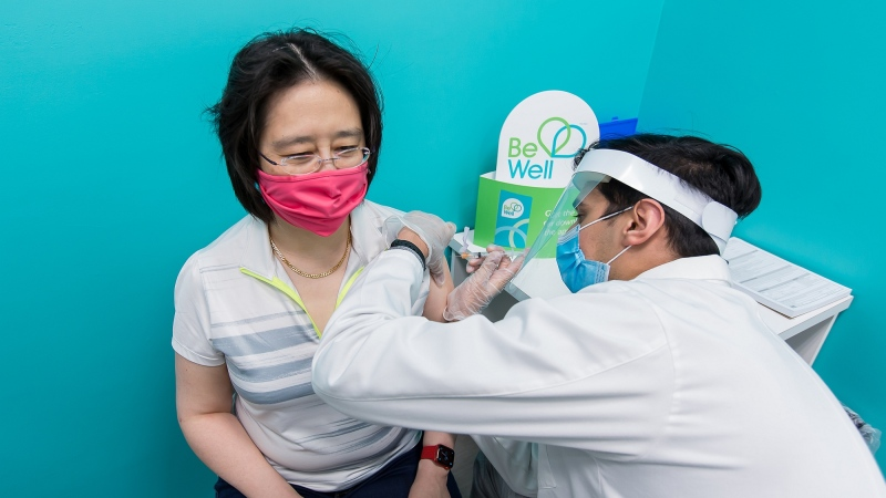 Dr. Hsiu-Li Wang gets her first dose of AstraZeneca (Supplied: Region of Waterloo Public Health)