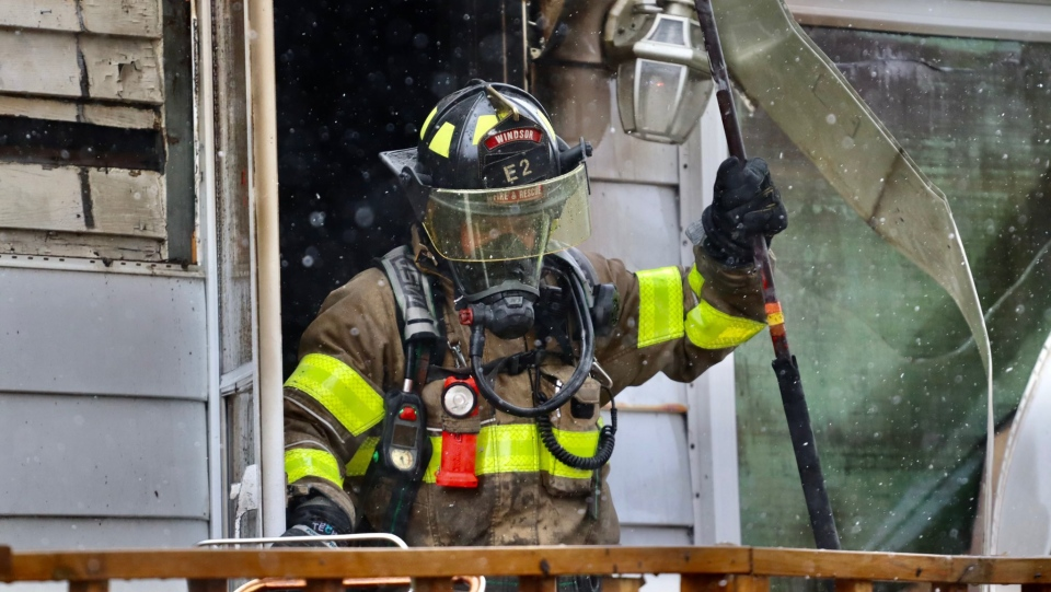 Windsor fire crews responded to a house fire in the 1800 block of Balfour Boulevard in Windsor, Ont. on Tuesday, April 20, 2021. (courtesy OnLocation/Twitter)