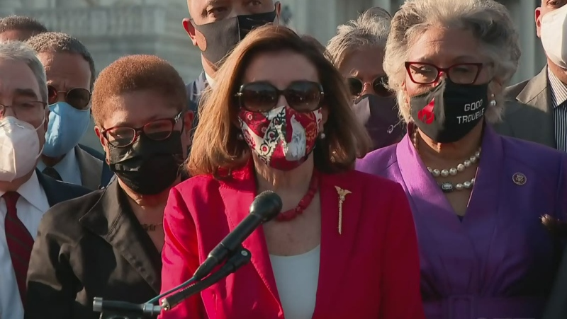 Pelosi thanks Floyd for 'sacrificing life'
