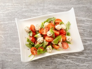 d_2_caprese_salad