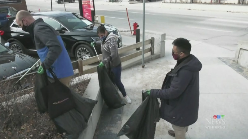 Earth Day cleanup in Downtown Winnipeg