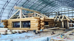 Langberg Log Homes is building a 16,000-sq. ft. home that will be taken from central Alberta to Indiana.
