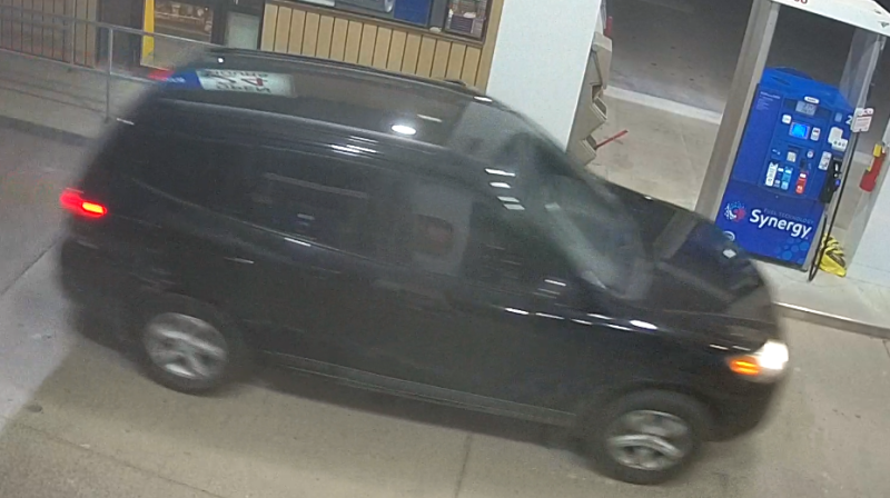 Suspect vehicle involved in alleged gas theft on April 24, 2021 that left one man dead in Woodstock, Ont. (Source: Woodstock Police Service)