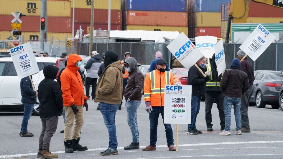 Montreal port workers