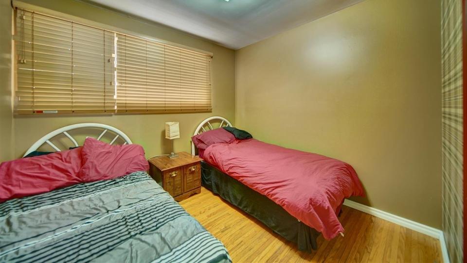 Hells angels bedroom1