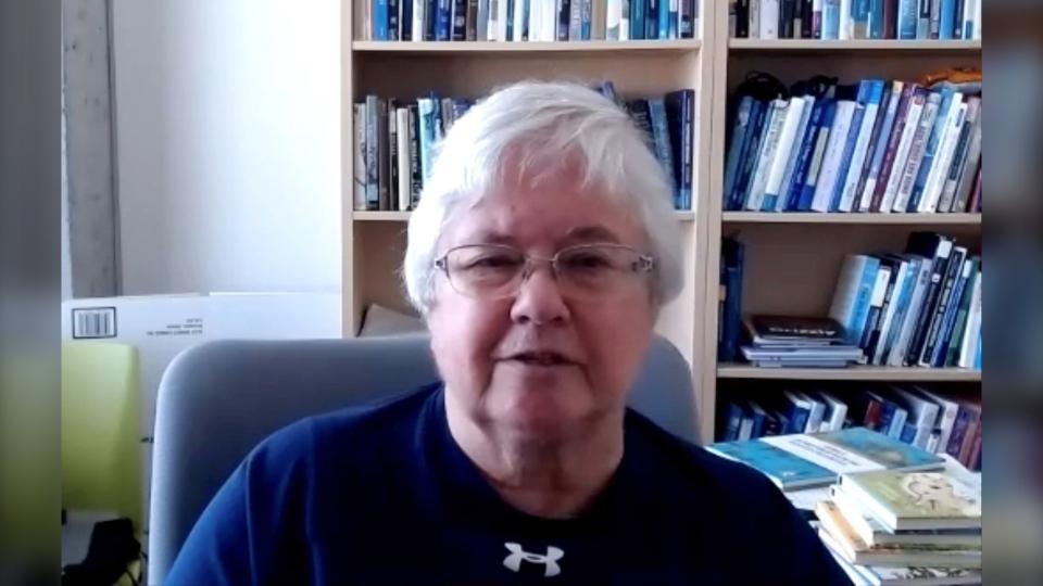 Dr. Jennifer Mather University of Lethbridge