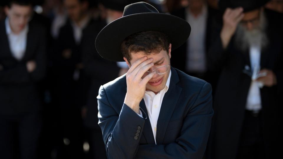 Mourning after deadly stampede in Israel