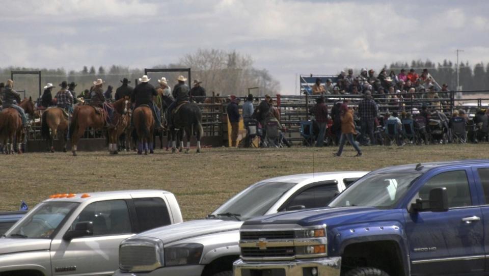 calgary, bowden, rodeo, anti-lockdown, covid-19, c