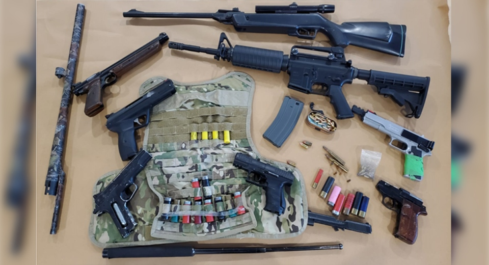 Gun, ammunition and replica firearms seized