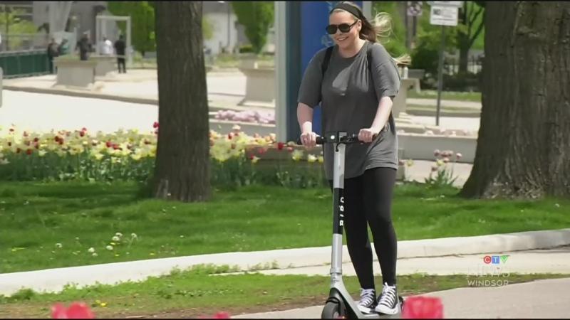E-scooter etiquette
