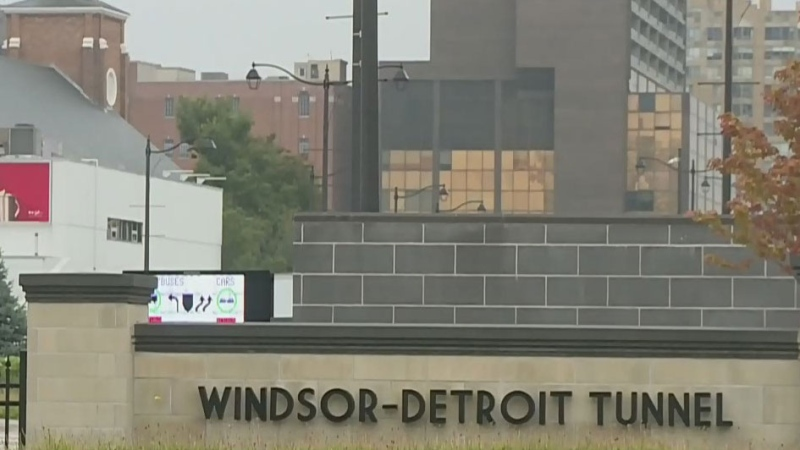 Mayor pushing for Windsor-Detroit vaccine plan