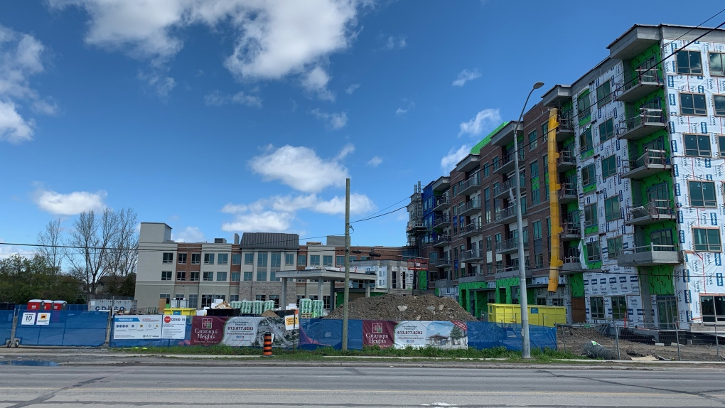 COVID-19 outbreak at Kingston construction site