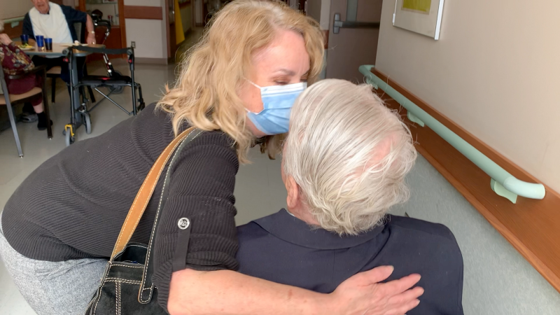Suzanne Charest with her father Gilles at the Perley and Rideau Veterans' Health Centre. (Jackie Perez/CTV News Ottawa)
