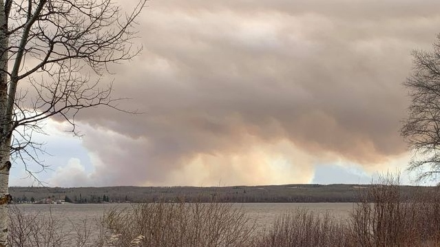 Smoke from the fire near Tomahawk, Alta. (Courtesy of Jeff Kyle).