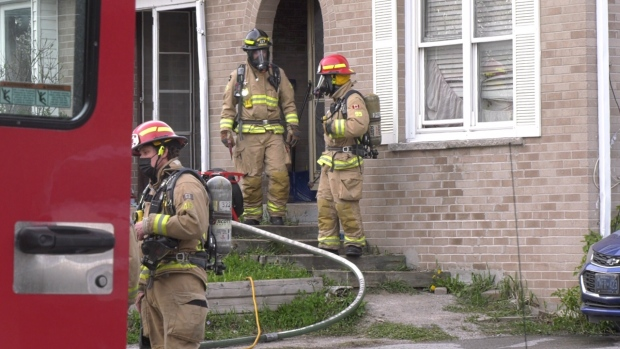 Fire at Barrie duplex displaces residents