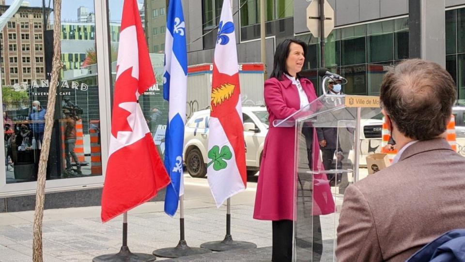 Mayor Valerie Plante announces aid for restaurants