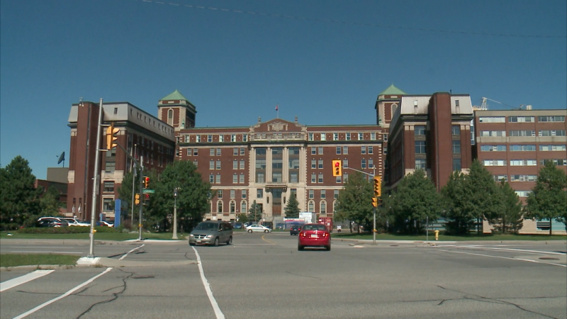 The Ottawa Hospital Civic Campus on Carling Avenue. (Jackie Perez/CTV News Ottawa)