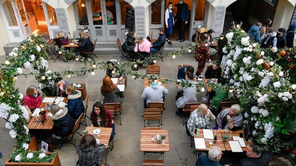 London cafe patios